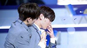 Trong bộn bề đau khổ, tình anh em giữa Seonho và Minhyun trở thành điểm sáng của đêm chung kết