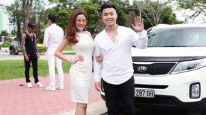 Mặc búa rìu dư luận, Akira Phan kiên quyết mời Ngân 98 góp mặt trong MV mới