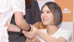 ChoA xuất hiện lần đầu tiên sau khi rời AOA