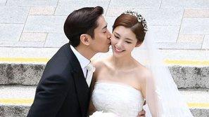Vợ chồng Eric (Shinhwa) bất ngờ trở thành tâm điểm tranh cãi sau khi trở về từ tuần trăng mật