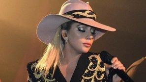 Fan phải tiếp tục chờ đợi để nghe ca khúc mới vì Lady Gaga lại hoãn show diễn