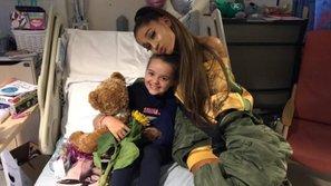 Ariana Grande chính thức trở thành Công dân danh dự đầu tiên của Manchester