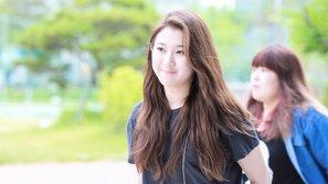 Công khai tỏ thái độ bất mãn với JYP, Baek Yerin bị Knet chỉ trích