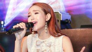 Minh Hằng thể hiện khả năng hát live tiến bộ vượt bậc trong buổi ra mắt MV