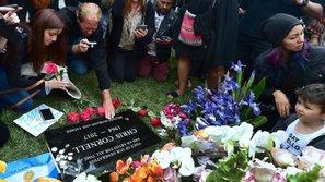 Chester Bennington sắp được chôn cất cạnh bạn thân quá cố Chris Cornell