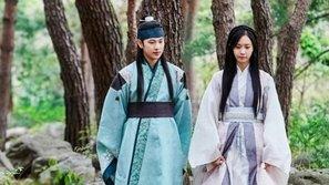 """Lý do YoonA (SNSD) quyết định tham gia phim """"The King Loves""""?"""