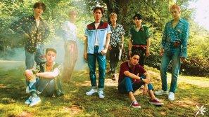 """EXO công phá Billboard 200 với album bom tấn mùa hè """"The War"""""""