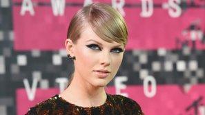 Phiên tòa xét xử vụ DJ sàm sỡ Taylor Swift thu hút hàng trăm người theo dõi