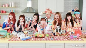 Weki Meki chính thức chào sân Kpop với MV đầu tay