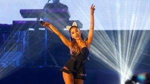 Ariana Grande khiến fan Trung Quốc thấp thỏm vì đã bỏ cả đống tiền ra mua vé