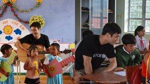 Đến tận khi vội vã trở về Hàn Quốc, Choi Siwon vẫn yêu mến Việt Nam như thế này đây!