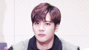 Ra mắt ca khúc solo, Jackson lần thứ hai tức giận đăng đàn đáp trả khi liên tục bị yêu cầu rời khỏi GOT7