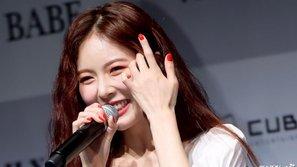 Trở lại đường đua tháng 8, HyunA được fan gọi là