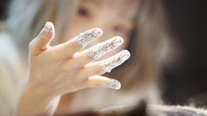 10 nữ thần tượng K-Pop sở hữu đôi bàn tay cực kì cuốn hút