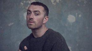 Hit mới ra lò 'Too Good at Goodbyes' của Sam Smith lăm le ngôi đầu BXH Anh