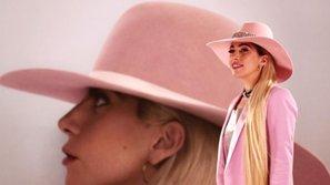 Lady Gaga sắp tạm ngưng ca hát để điều trị bệnh mãn tính kinh niên