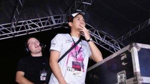 Hậu Ariana Grande: Dân mạng xúc động trước câu chuyện về giọt nước mắt của 'ông trùm' Phillip Nguyễn
