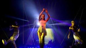 'Dangerous Woman' - Tour lưu diễn nhiều biến cố, thị phi nhất năm 2017