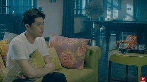 MV xúc động rơi nước mắt thế này mà nhìn sang gói... snack bí đỏ của Noo Phước Thịnh thì chỉ biết 'câm nín'