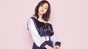Tóm gọn về nàng công chúa xinh đẹp Mina (Twice) trong 350 từ