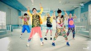 Đâu là những bộ outfit kinh khủng nhất của idol mà fan chỉ muốn chôn ngay và luôn ?