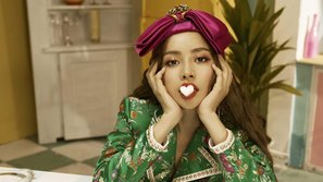 Chưa kịp đọc bình luận ác ý của netizen Hàn, Chi Pu vẫn vô tư 'thả xích' bản dance Cho ta gần hơn giữa 'giông bão'?