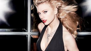4 hành động cao đẹp của Taylor Swift khiến fan tan chảy