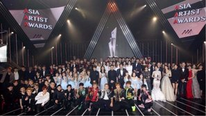 Những thần tượng nào sẽ có mặt và tranh giải tại Asia Artist Awards 2017, diễn ra vào ngày mai?