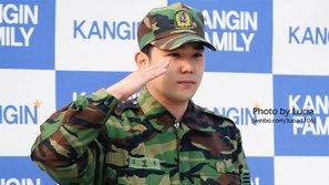 Từ Hàn Quốc đến quốc tế, fan giận dữ yêu cầu Kangin rời khỏi Super Junior sau scandal 'hành hung bạn gái'