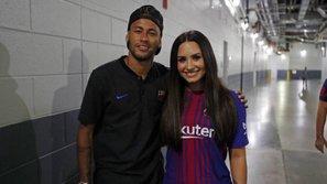 Chia tay bạn trai võ sĩ, Demi Lovato hẹn hò với cầu thủ đắt giá nhất hành tinh