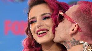 Lil Peep - Tình cũ của Bella Thorne bất ngờ qua đời ở tuổi 21 vì sốc ma túy