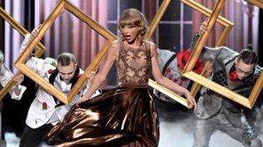 Những tiết mục ấn tượng nhất trong lịch sử lễ trao giải American Music Awards