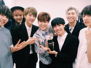 Bạn có biết về số cup mà các nhóm nhạc Kpop nhận được trên các show âm nhạc?