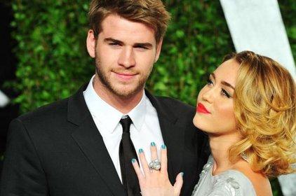 Miley Cyrus cãi nhau to với bạn trai vì đòi phân chia tài sản trước đám cưới