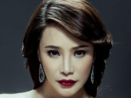 Hồ Quỳnh Hương chia sẻ cô khó hát lại nhạc của Nguyễn Hồng Thuận