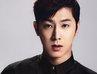 """U-Know Yunho (TVXQ) thể hiện đẳng cấp thời trang sân bay của """"vị thần phương Đông"""""""