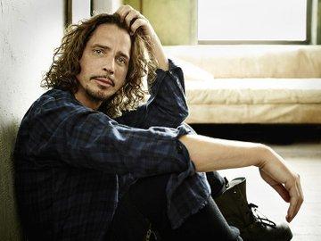 Hãng tin AP đưa tin, nam ca sĩ nhạc rock Chris Cornell vừa đột ngột qua đời vào tối 17/5 (theo giờ Mỹ) ở Detroit (tiểu bang Michigan, Hoa Kỳ).