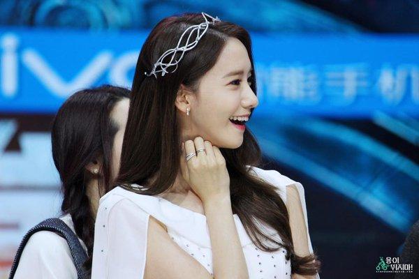 Nụ cười luôn thường trực trên môi cô nàng