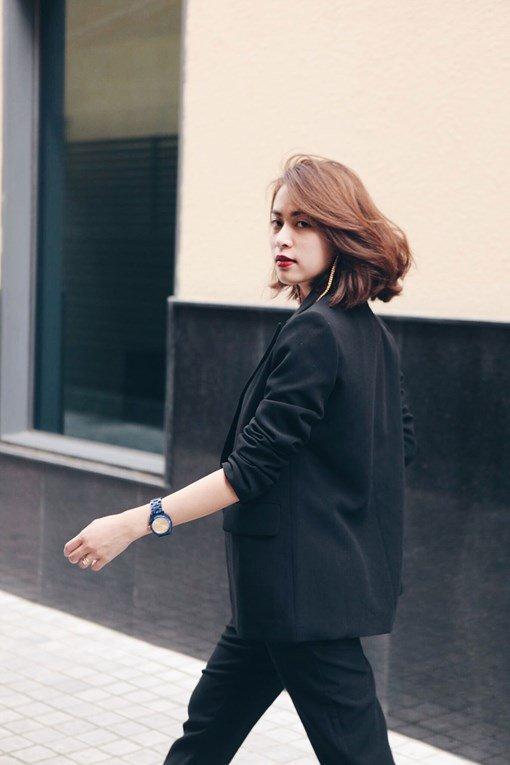 Hoàng Thùy Linh cắt tóc ngắn