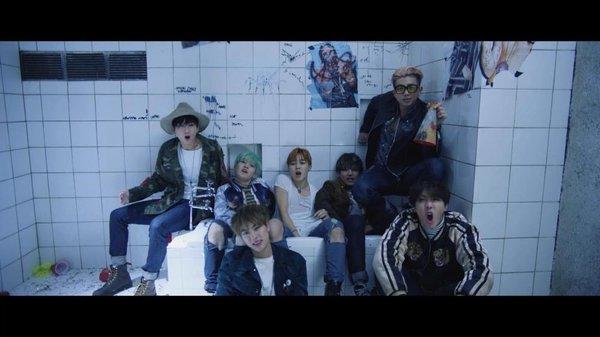 """MV trở lại của BTS sẽ là câu chuyện nối tiếp """"Run""""?"""