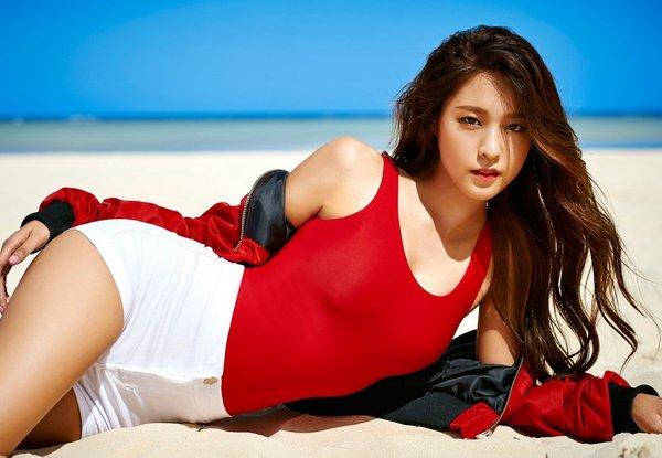 Muốn dáng đẹp giống như Seolhyun (AOA)? Cứ ăn những gì bạn thích!