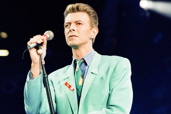 huyền thoại David Bowie