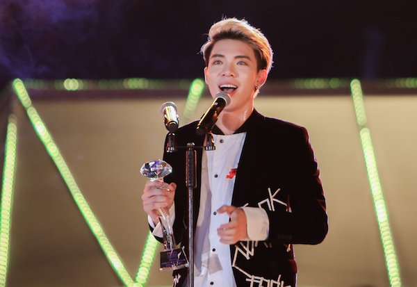 Ca khúc của năm - Zing Music Awards