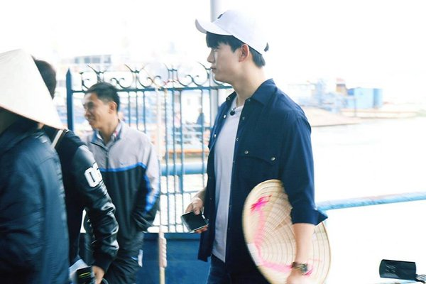 Taecyeon đến Việt Nam