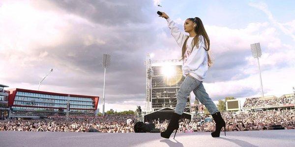 Ariana Grande khép lại tour diễn vòng quanh châu Âu bằng một lời cảm ơn ấm áp dành cho fan.