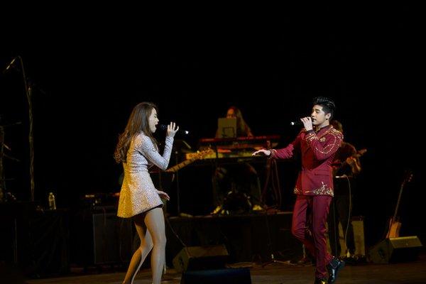 tour diễn love songs của hà hồ 5