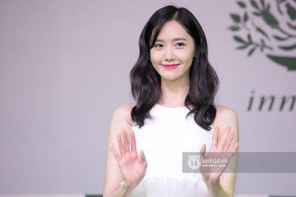 Cập nhật: Yoona đẹp tinh khôi, rạng rỡ tại họp báo giao lưu Việt Nam - Ảnh 10.