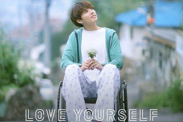 BTS bất ngờ đánh úp người hâm mộ với teaser của Jungkook cho Love Yourself - ảnh 3