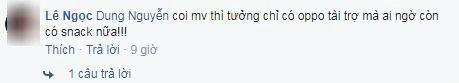 Quảng cáo điện thoại, son môi… gì cũng thấy sang chứ đến cả gói snack Việt Nam cũng xuất hiện trong MV thì phải nói rằng Noo Phước Thịnh là thánh quảng cáo rồi nhỉ!