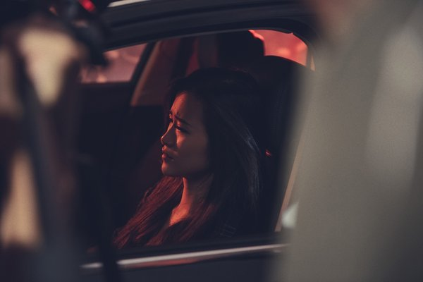 đông nhi diễn xuất trong MV 2